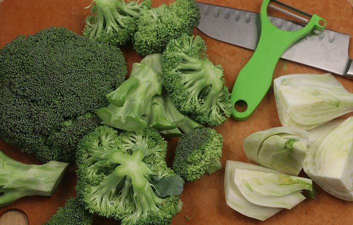 Broccoli Fennel Salad