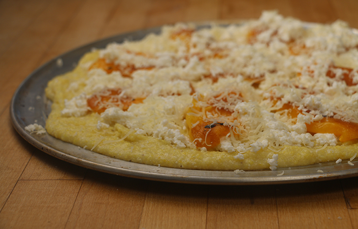 Roasted Pepeper Polenta Pizza