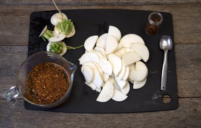 Easy Pickled Hakurei Turnips