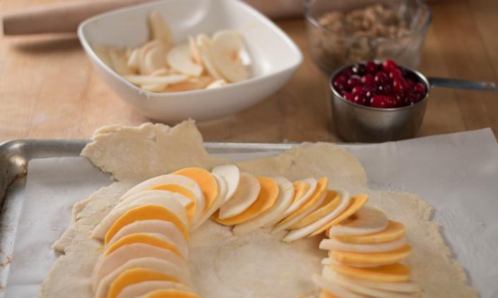 Apple-Cranberry Winter Squash Galette with Cinnamon Ice Cream-4
