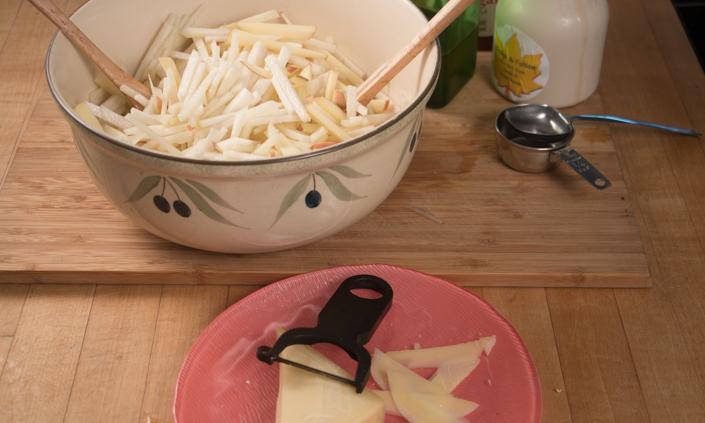 Kohlrabi Apple Slaw with Maple Vinaigrette-4